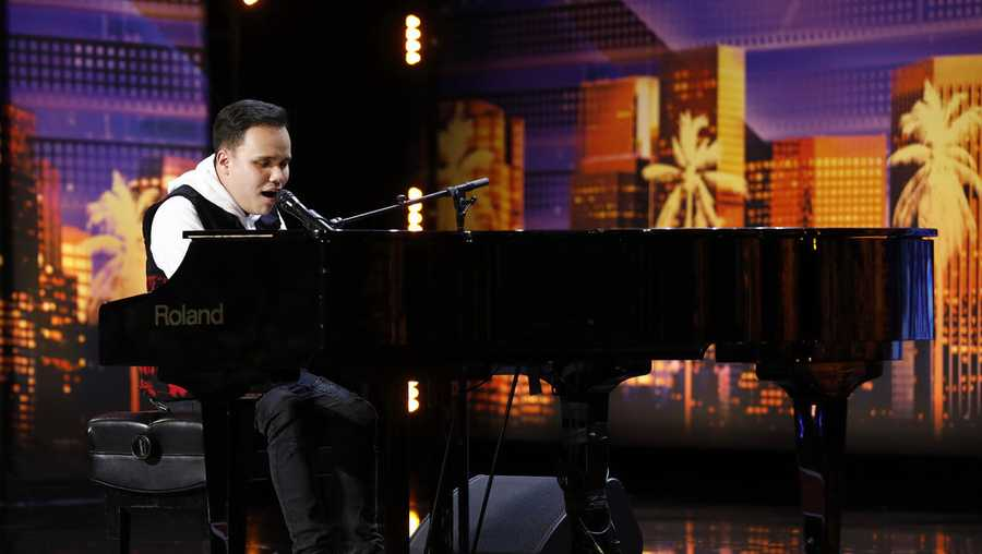 'AGT' 2019 Contestant and Golden Buzzer Pick Kodi Lee's Inspiring Story
