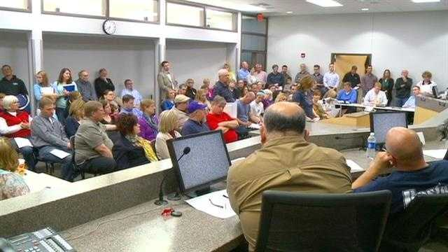 More than 100 people packed Norwalk City Hall Thursday to voice opposition to a proposed casino that could be built within the city limits.