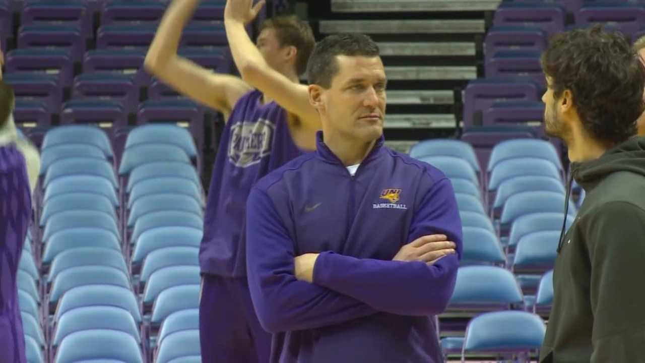 2014-15 Missouri Valley Conference Coach of the Year Ben Jacobson