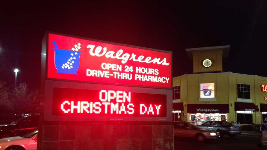 Is Walgreens Open On Christmas.Shoppers Find Last Minute Items On Christmas Day
