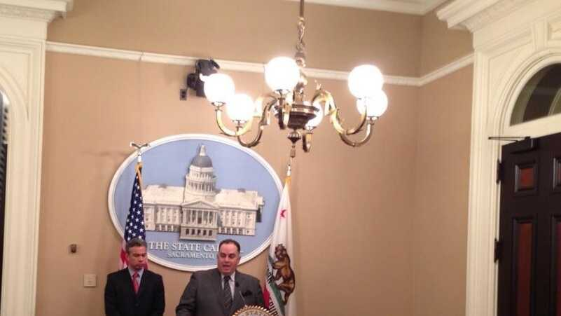 Assembly Speaker John Perez discussing the California teacher pensions. (Jan. 29, 2014)
