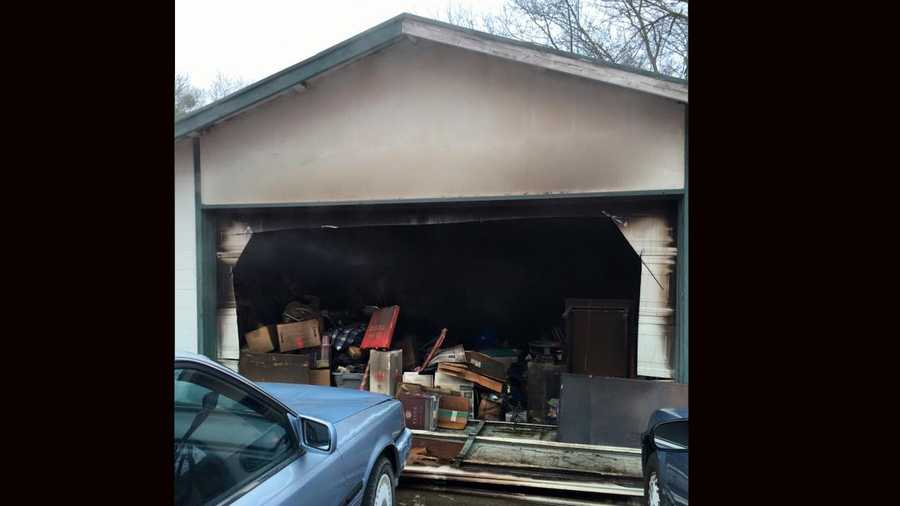 Fire crews quickly extinguished a garage fire on the 4000 block of Andedon Circle in Rancho Cordova Saturday morning.