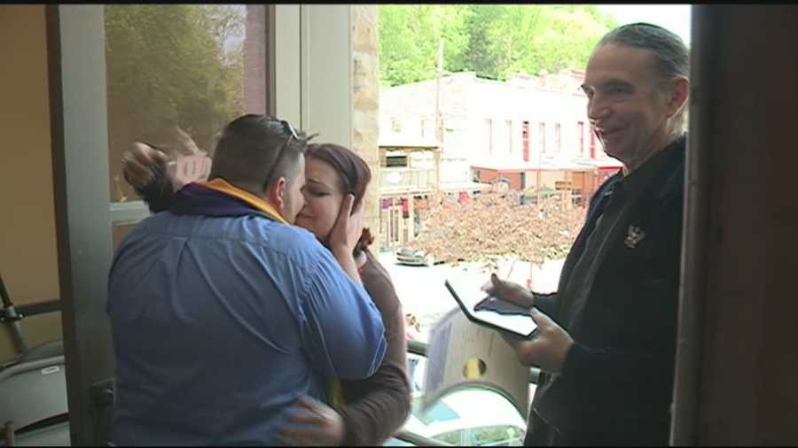 Dozens of couple showed up to Eureka Springs and the Carroll County courthouse to get a marriage license. But not all got their wish after a big delay.