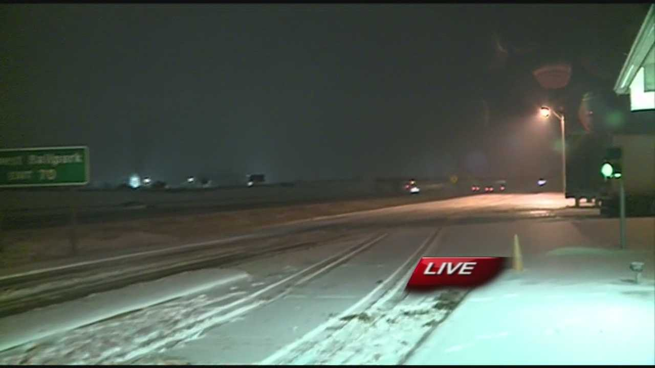 Freezing rain causes dangerous driving conditions on I-49