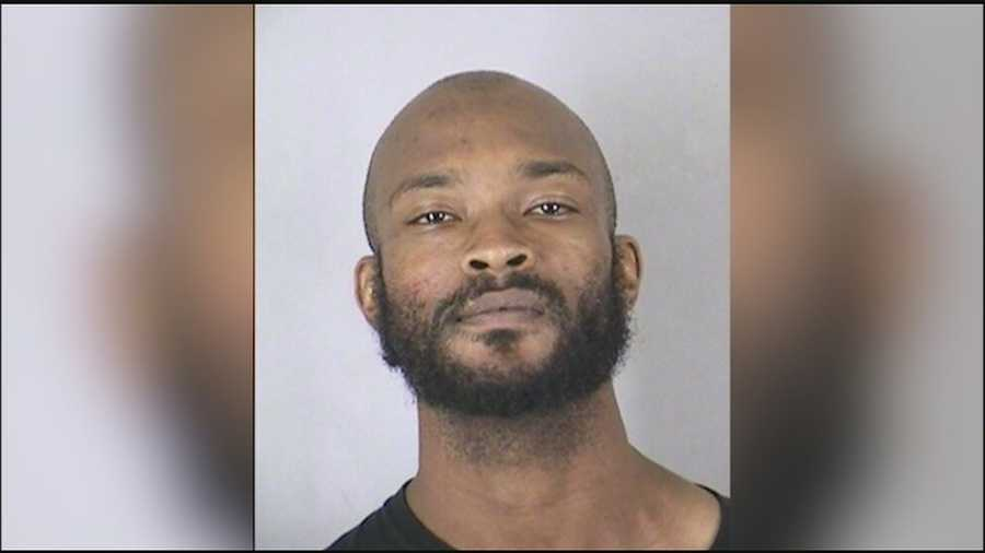 Public defenders for the man accused of first-degree murder in a rampage of violence that left five people dead in south Kansas City may have to focus on Brandon Howell's mental state, a Kansas City defense lawyer said.