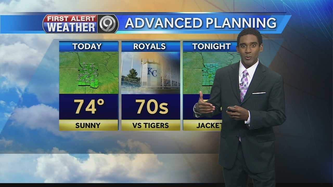 KMBC meteorologist Neville Miller says we can look forward to a sunny and mild Sunday afternoon to wrap up the weekend.