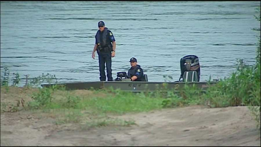 The Missouri Water Patrol pulls a body the Missouri River Tuesday morning near LaBenite Park, but they don't suspect foul play.