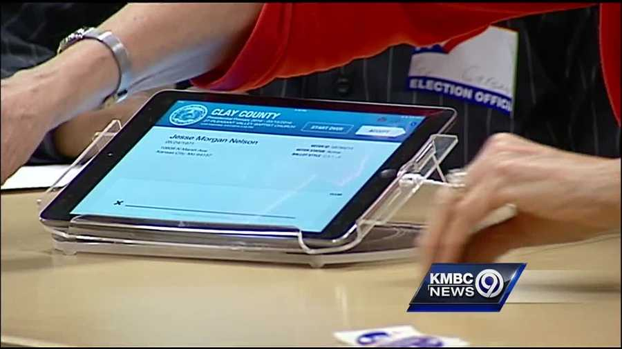 Election officials in Kansas City said technical problems contributed to the long lines at some polls for Missouri's primary Tuesday.