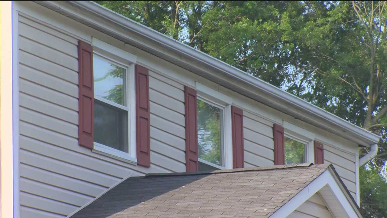 Police are asking the public to be on the lookout after several burglaries in an Anne Arundel County neighborhood. Kai Reed reports.