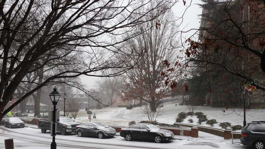 Snow on State Circle in Annapolis