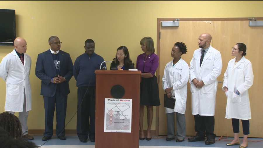 "The Baltimore City Health Department was joined by youth leaders from across the city to announce ""Words Not Weapons,"" a resource card campaign focused on communication as the key to violence prevention. This campaign will ask medical professionals, neighborhood leaders, and young people to pledge their commitment to spreading a message of non-violent conflict resolution."
