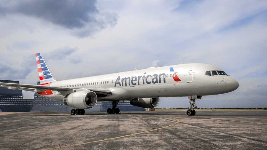 American Airlines company image v2.jpg