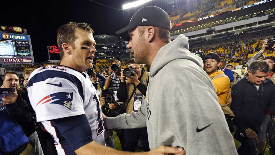 "FILE - In this Oct. 23, 2016, file photo, Pittsburgh Steelers quarterback Ben Roethlisberger, right, and New England Patriots quarterback Tom Brady, left, visit on the field after an NFL football game in Pittsburgh. A clip from Showtime's ""Inside the NFL"" captured a conversation between the quarterbacks before the game that shows Roethlisberger asking for Brady's jersey."