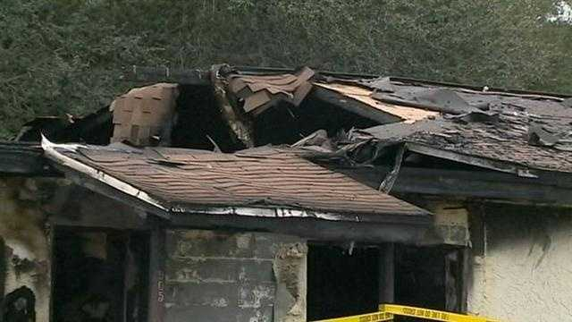 2 people are hurt in a fire at an apartment complex in Merritt Island.