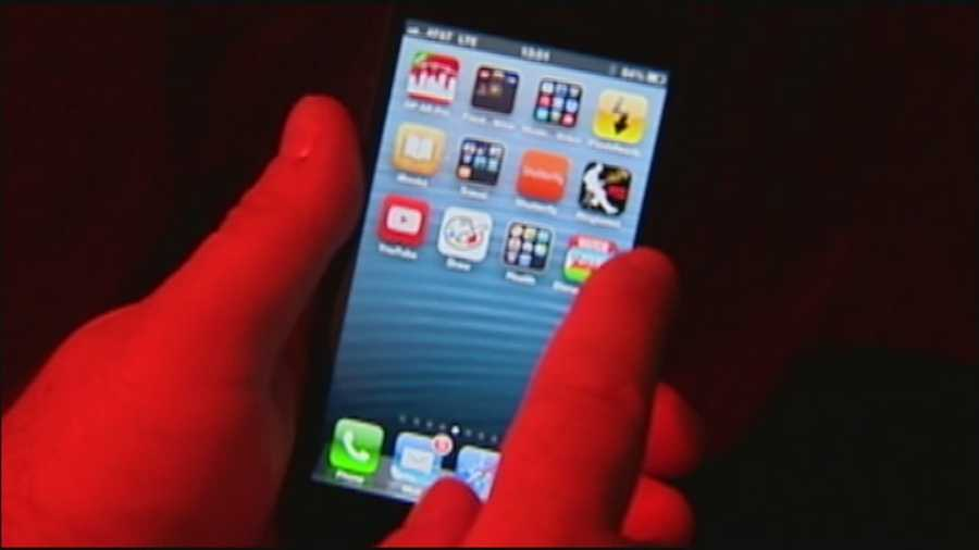 Smartphone applications that are now popular with young teenagers have some parents concerned.
