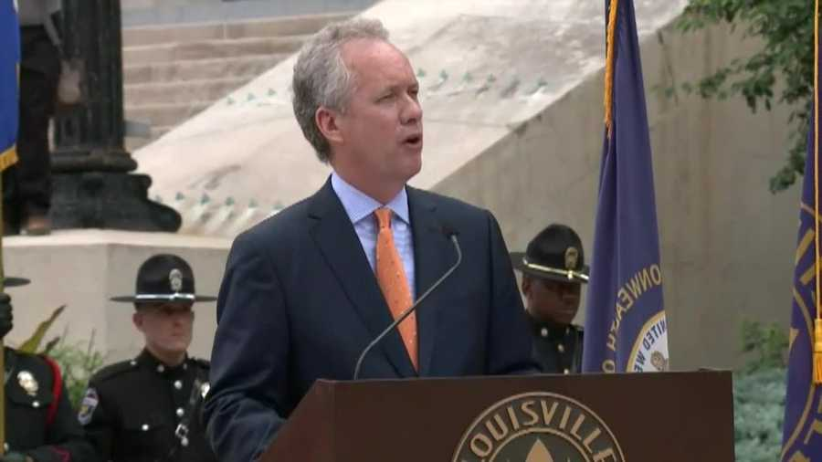 Mayor Greg Fischer pays tribute to Muhammad Ali.
