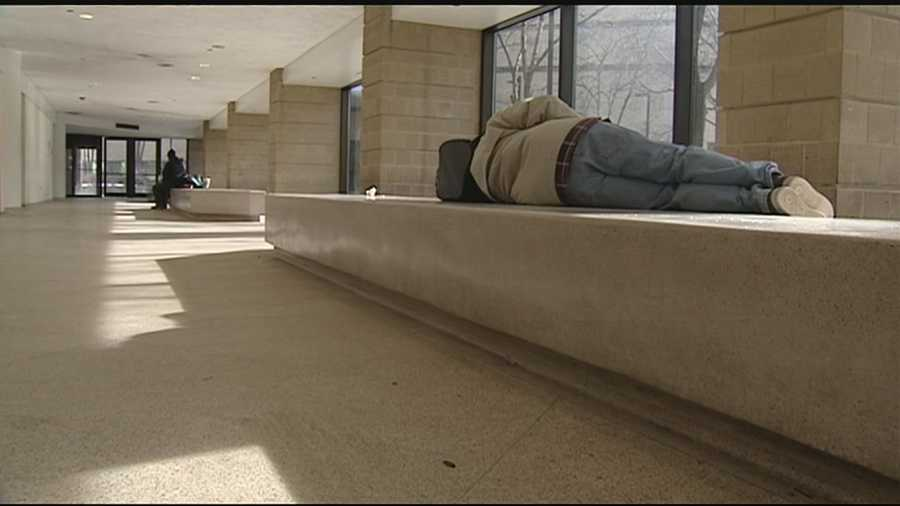 Hamilton County Sheriff Jim Neil is helping get the homeless off the streets and into warming shelters Monday night.