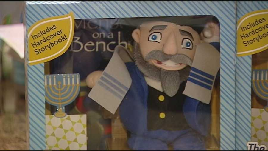 A Tri-State family created Mensch on a Bench last year. This holiday, it's getting even bigger.