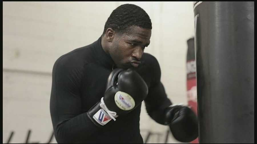 Boxing moves to primetime on WLWT this weekend. Taking center stage is Cincinnati boxer Adrian Broner.