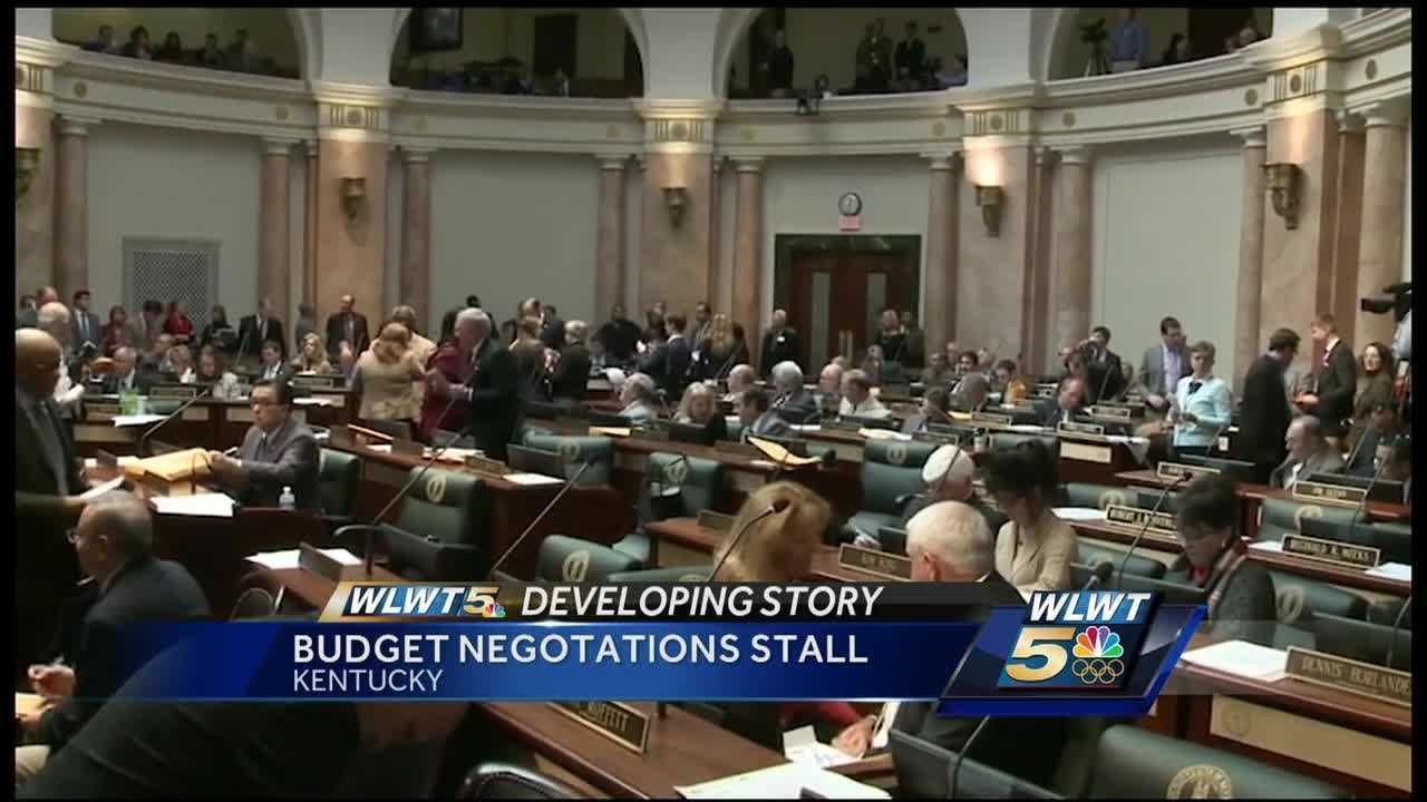 Impending deadlines loom for Kentucky lawmakers as a budget deal remains elusive.