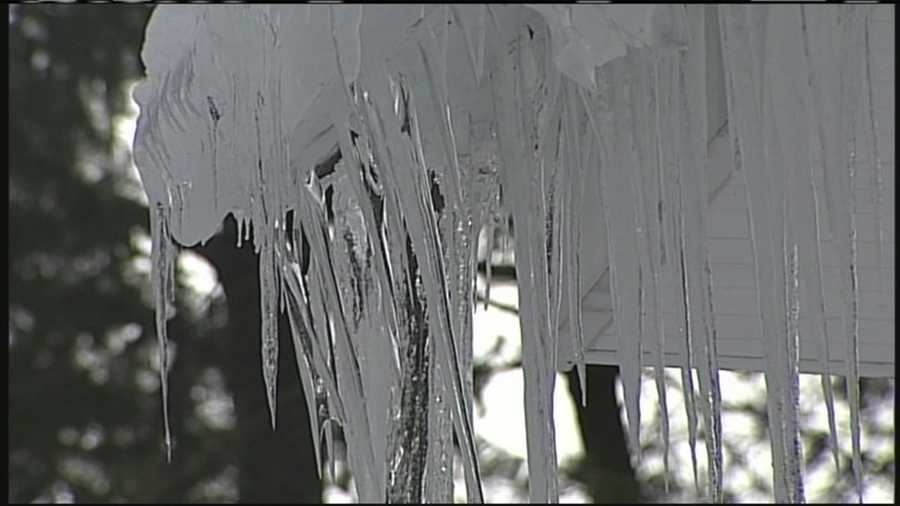 Warmer temperatures in the forecast for the weekend have crews working to clear snow and ice from rooftops. WMTW News 8's Jim Keithley reports.