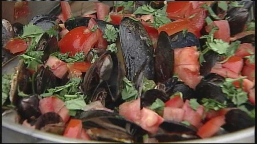 In this weekend's Morning Menu, WMTW News 8's Jim Keithley hits the grill for a recipe of of Mexican Mussels with Chorizo and a splash of tequila!