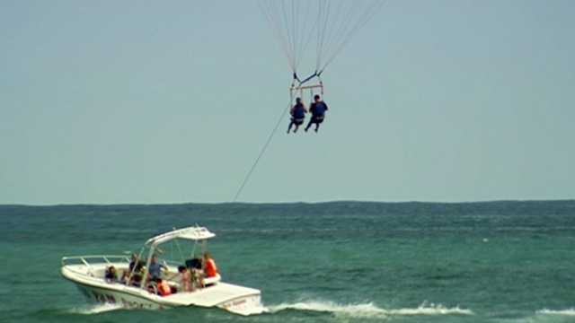 A bill aimed at tightening restrictions on parasailing companies has passed its first hurdle in Tallahassee.