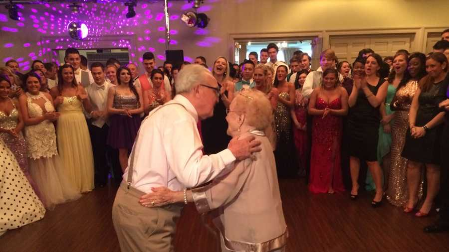 Joe and Edna Lamping on the dance floor at prom
