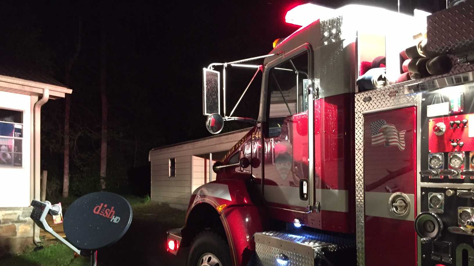 Firefighters respond to Oconee County house fire