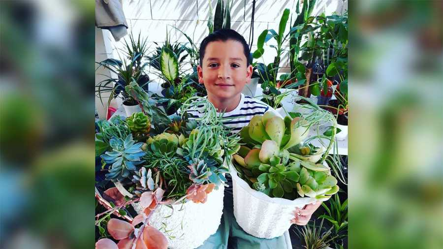 Aaron Moreno sold plants to help his single mom.