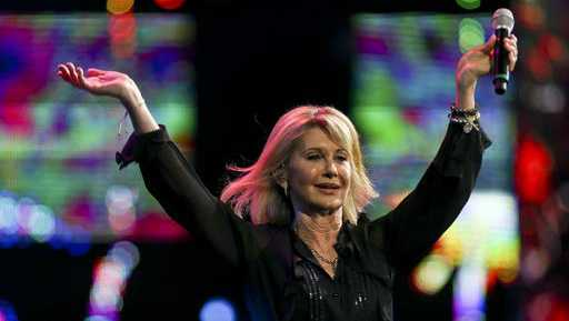 Olivia Newton-John performs during the Viña del Mar International Song Festival at the Quinta Vergara in Viña del Mar, Chile, Thursday, Feb. 23, 2017.