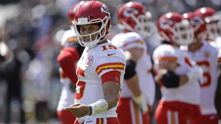 Kansas City Chiefs quarterback Patrick Mahomes during the first half of an NFL football game against the Oakland Raiders unday, Sept. 15, 2019, in Oakland, Calif. (AP Photo/Ben Margot)