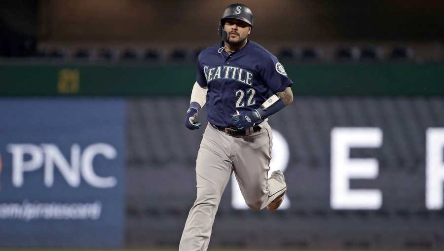 Seattle Mariners' Omar Narvaez rounds second after hitting a solo home run off Pittsburgh Pirates relief pitcher Michael Feliz during the sixth inning of a baseball game in Pittsburgh, Tuesday, Sept. 17, 2019. (AP Photo/Gene J. Puskar)
