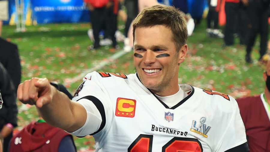 TAMPA, FLORIDA - FEBRUARY 07: Tom Brady #12 of the Tampa Bay Buccaneers celebrates after defeating the Kansas City Chiefs in Super Bowl LV at Raymond James Stadium on February 07, 2021 in Tampa, Florida. The Buccaneers defeated the Chiefs 31-9. (Photo by Mike Ehrmann/Getty Images)