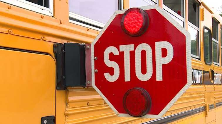 Kentucky lawmakers move forward on bill to enforce cameras on school bus stop arms