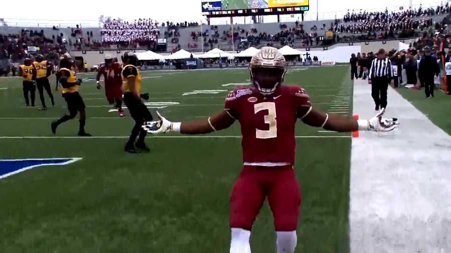 cam akers celebrates td