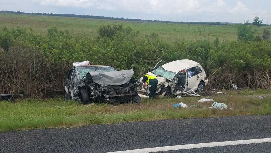 Crash kills father, 2 children in Polk County