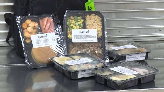 School district turns unused cafeteria food into take-home meals for kids