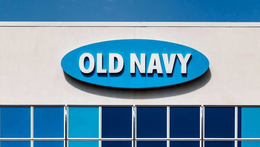 DOWNTOWN, SNELLVILLE, GEORGIA, UNITED STATES - 2019/03/30: Old Navy store exterior. (Photo by John Greim/LightRocket via Getty Images)