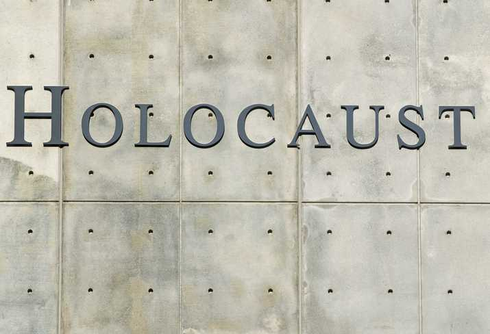 Florida principal apologizes over Holocaust denial comments, gets reassigned thumbnail