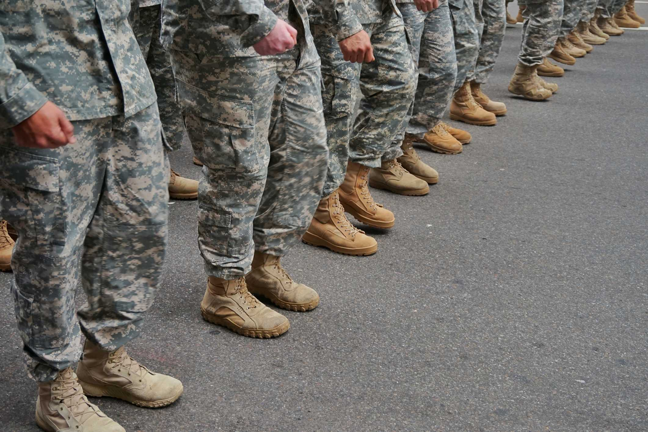 Report: US could send up to 10,000 troops to Middle East thumbnail