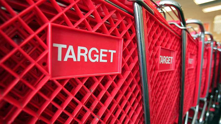 Shopping carts sit inside a Target store on May 23, 2007 in Chicago, Illinois. Today, Target Corp. reported an 18 per cent increase in their first-quarter profit, beating analysts' expectations.