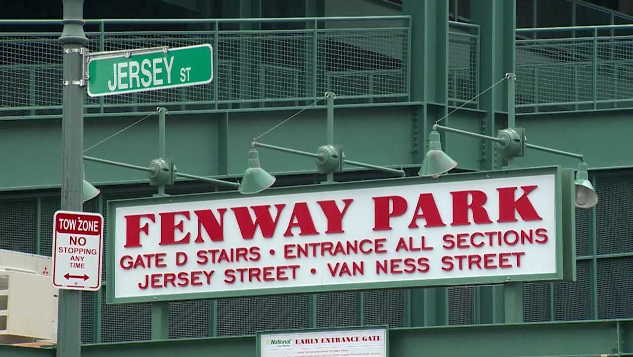 Jersey Street sign outside Fenway Park