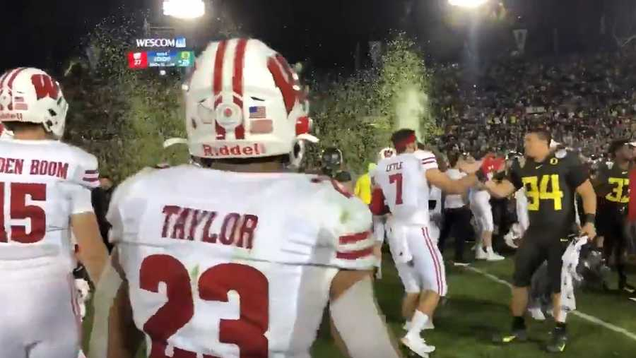 Badgers RB Jonathan Taylor walks off the field at the Rose Bowl