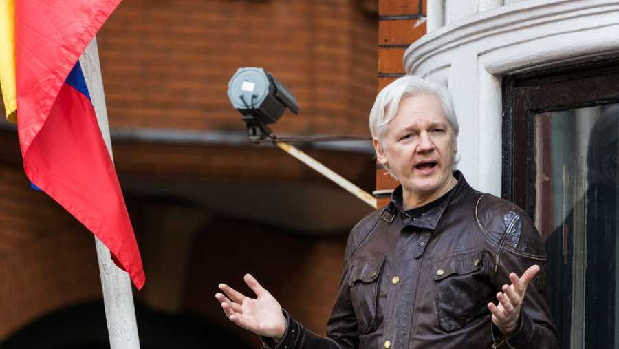 Wikileaks Founder Julian Assange addresses the media at the Ecuadorian Embassy, where he has been exiled under political asylum, following Sweden's dropping of rape charges against him on May 19, 2017 in London, England