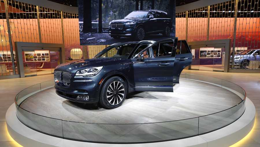 A Lincoln Aviator SUV is shown at the North American International Auto Show in Detroit, Monday, Jan. 14, 2019. (AP Photo/Paul Sancya)