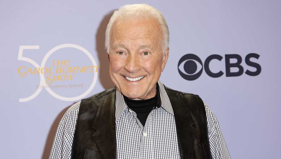 "In this Oct. 4, 2017, file photo, Lyle Waggoner arrives at the ""The Carol Burnett 50th Anniversary Special"" in Los Angeles."