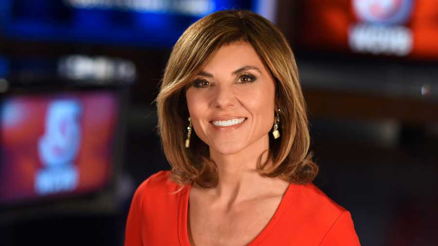 Maria Stephanos headshot