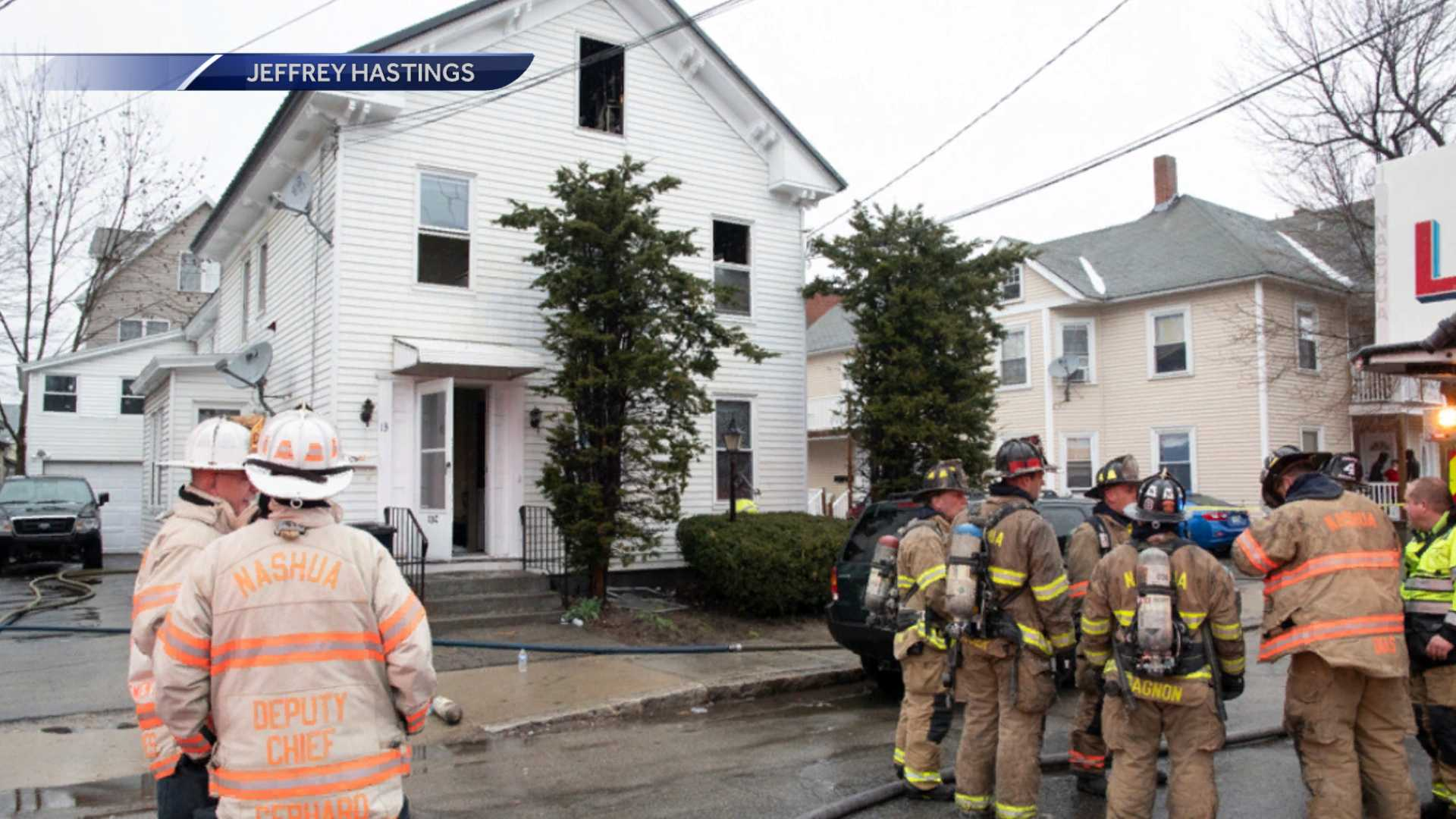 Four people displaced by fire in Nashua
