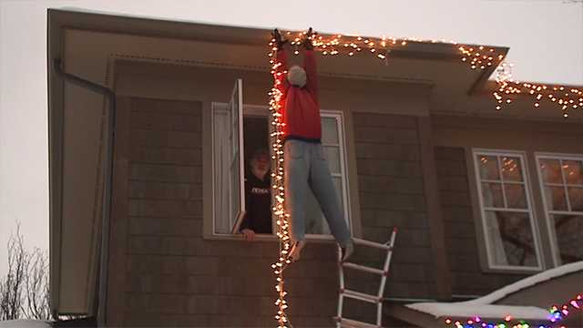 national lampoons christmas vacation decoration prompts 911 call